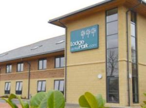Lodge On The Park, Almondsbury, Gloucestershire