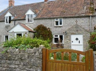 Woodforde cottage pet friendly accommodation barton st for 1 park terrace glastonbury