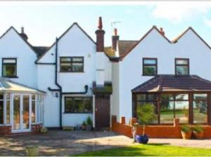 Langley Cottage Guest House, Whitacre Heath, West Midlands